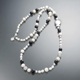 myClio 淡水パール ブラック&ホワイト  ネックレス