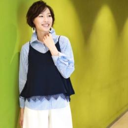 Soobinieトレンドのシャツ&裾レースビスチェセット