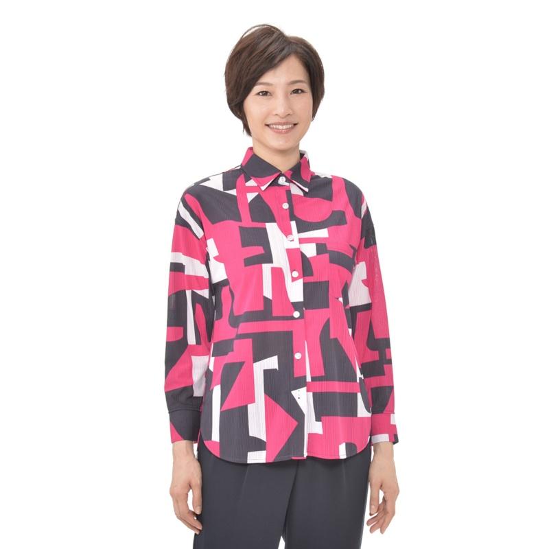 day to day 幾何学プリントのシャツ